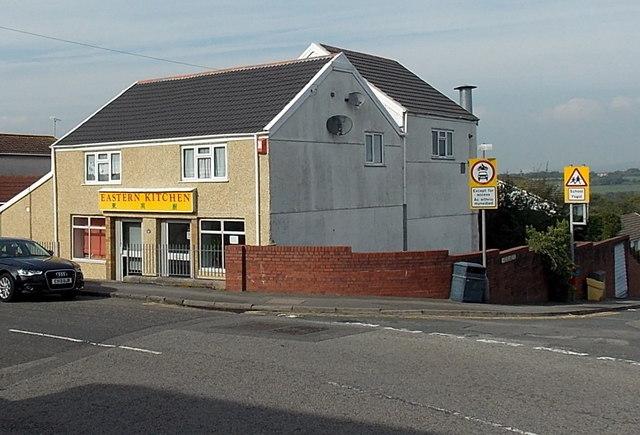 Eastern Kitchen, Waunarlwydd