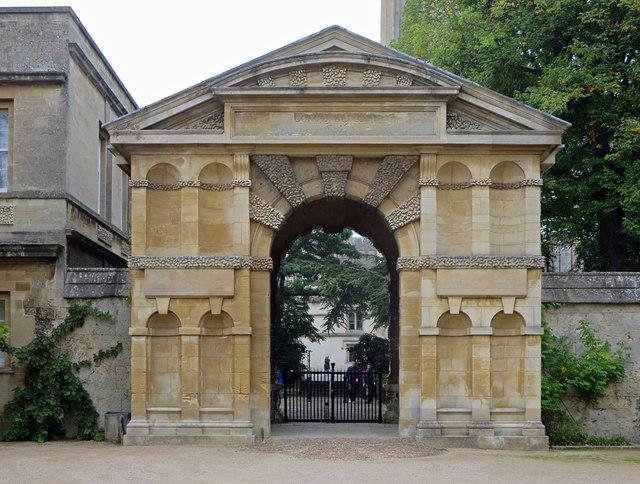 Main Gate: Oxford Botanical Gardens