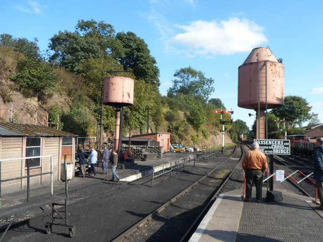 Pink water towers at the SE end of Bewdley railway station