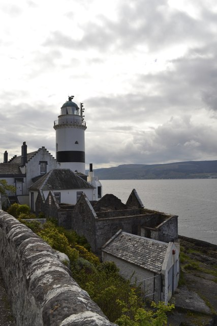 Cloch Lighthouse and (former) outbuildings, near Gourock
