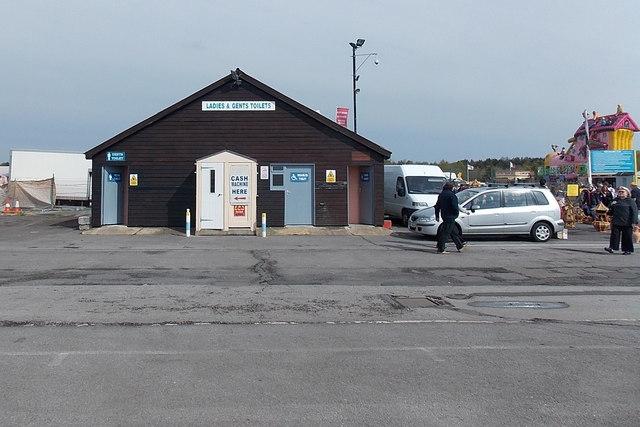 Public toilets, Blackbushe Market
