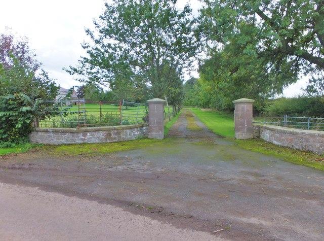 Driveway, Thornton