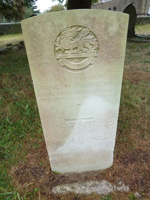 St John the Evangelist, Sutton Veny: military grave (1)