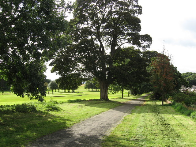 Driveway to St Colme House