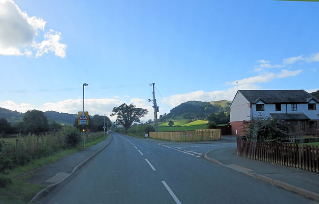 B4396 exits Llangadwyn