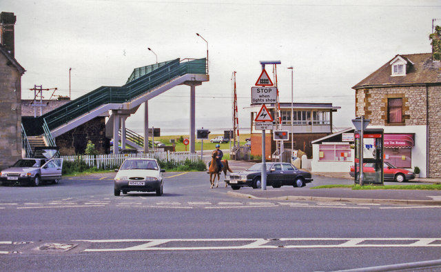 Hest Bank: level-crossing to the beach at site of station on West Coast Main Line, 1998