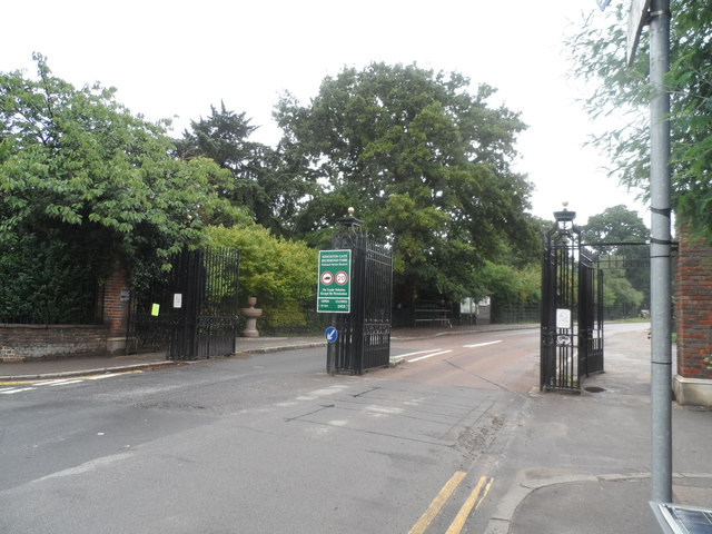 Kingston Gate, Richmond Park