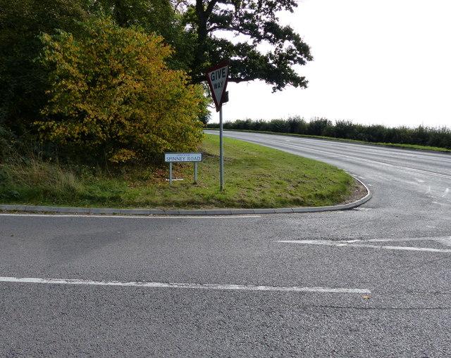 Spinney Road / Welford Road junction