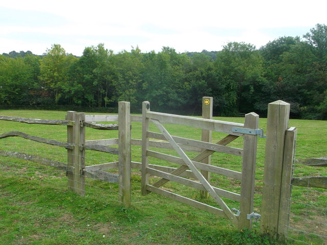 Gate near Little Butts Farm