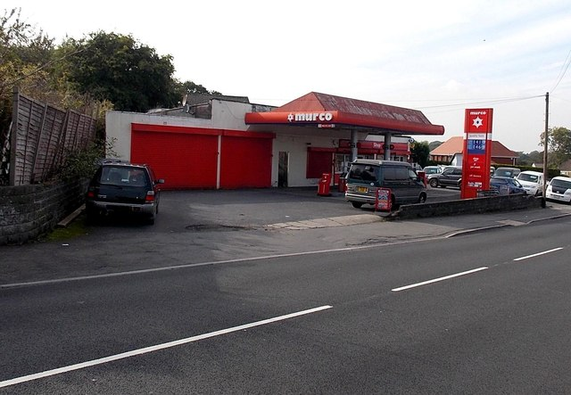 Murco filling station and shop, Waunarlwydd