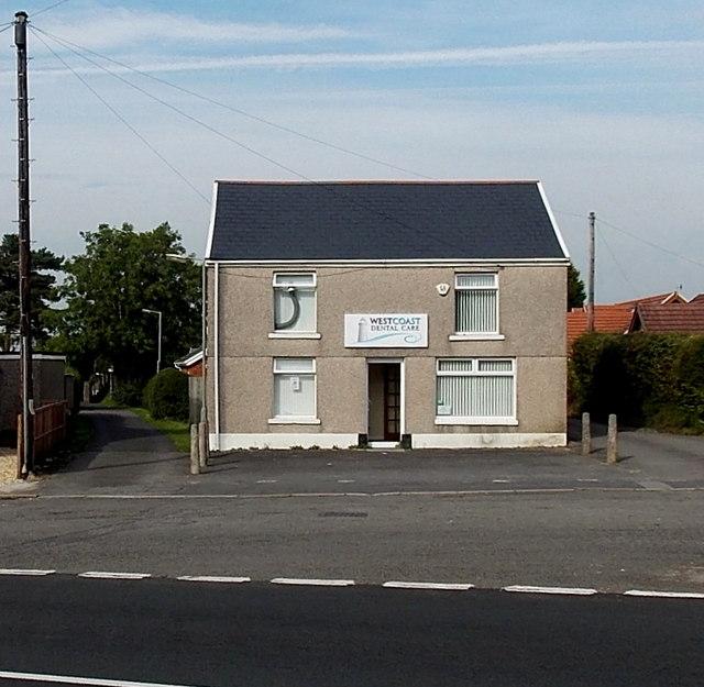 Westcoast Dental Care, Waunarlwydd