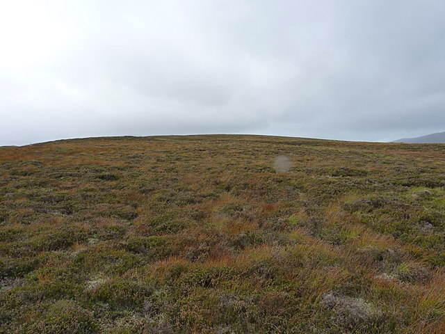 Uphill on the lower slopes of Sròn na Ban-righ