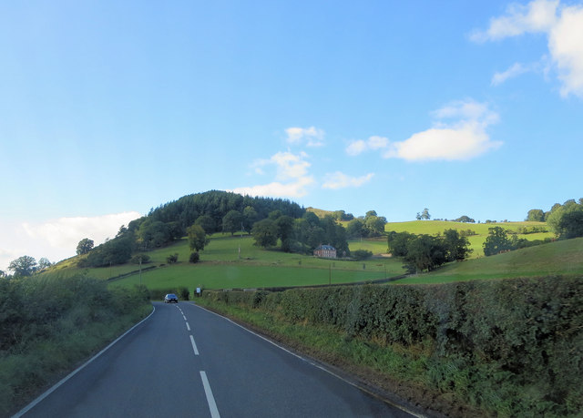 B4396 gives a view of Gravel Hill