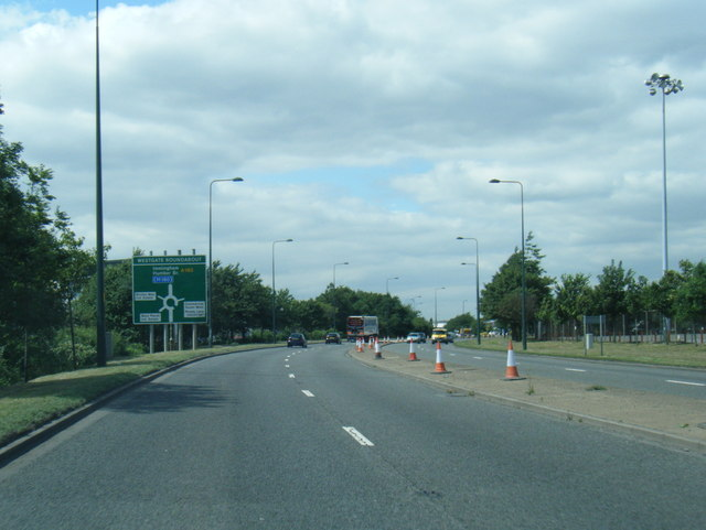 A180 nears Westgate Roundabout