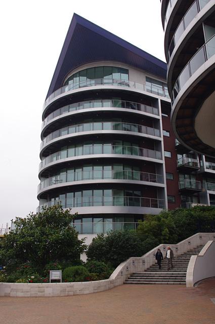 Howard Building, Chelsea Bridge Wharf