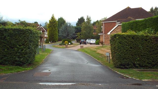 Oxford Close, Moor Park