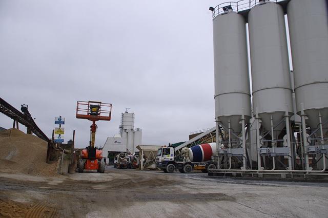 CEMEX concrete plant, Cringle Street