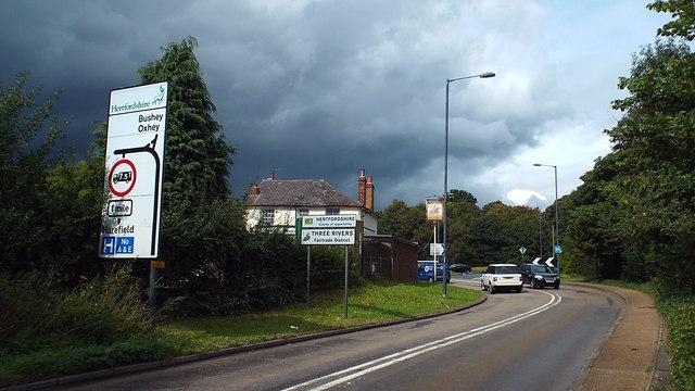 Greater London/Hertfordshire boundary, near Northwood