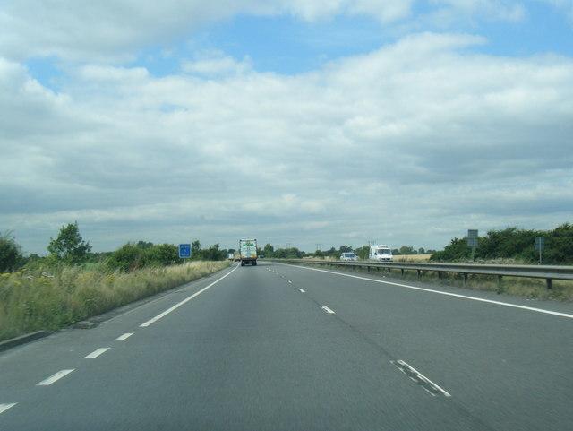 A180 north of Immingham Grange