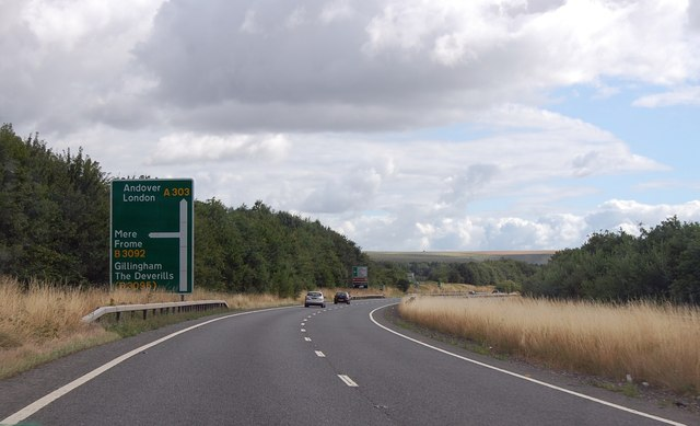 A303 approaching B3092 junction