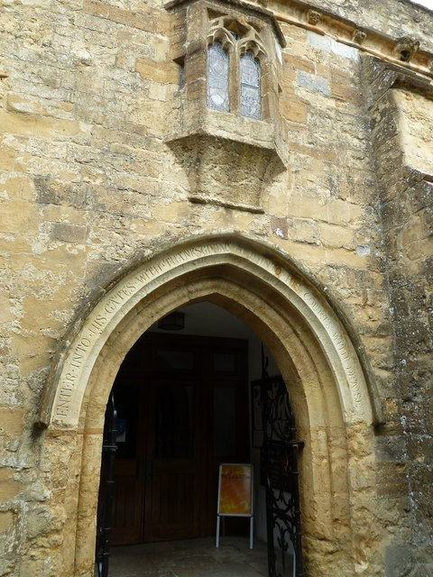 St Mary, Bridport: entrance