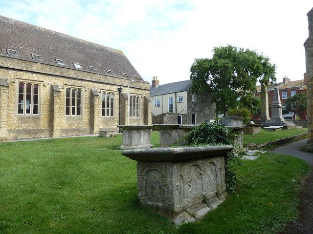 St Mary, Bridport: churchyard (3)