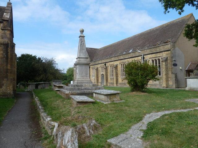 St Mary, Bridport: churchyard (5)