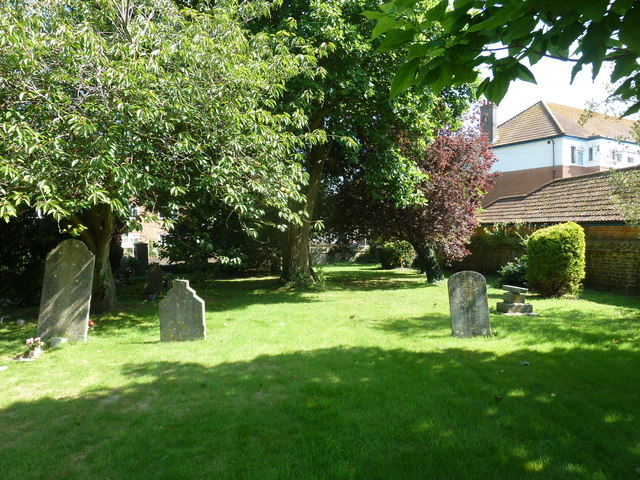 St. Swithun, Allington: churchyard (a)