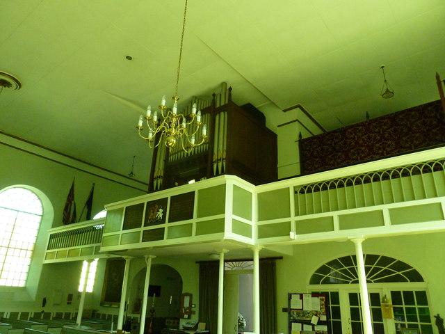 Inside St. Swithun, Allington (10)