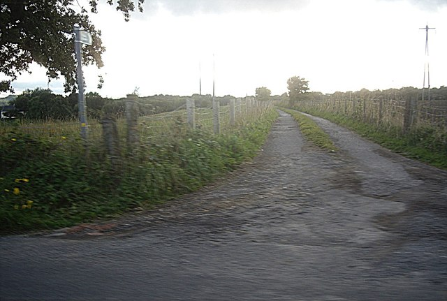 Track and path off Whitworth Lane