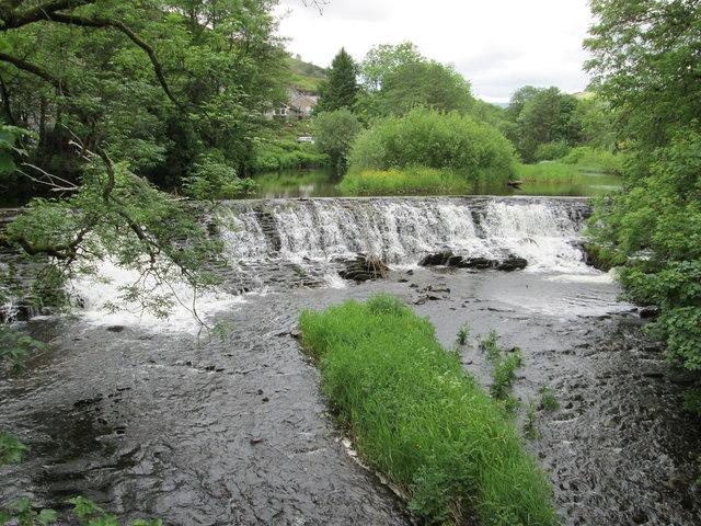 Weir at Barley Bridge, Staveley