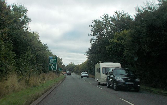 A421 approaching Bottle Dump roundabout