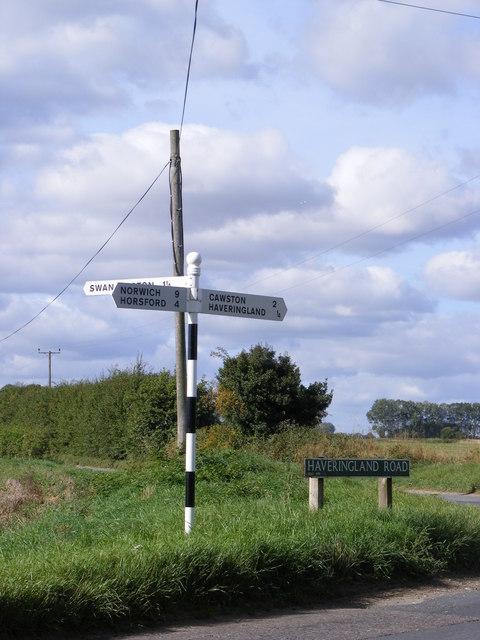 Roadsigns on Haveringland Road