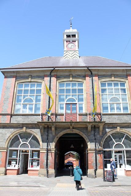 Town Hall High Street