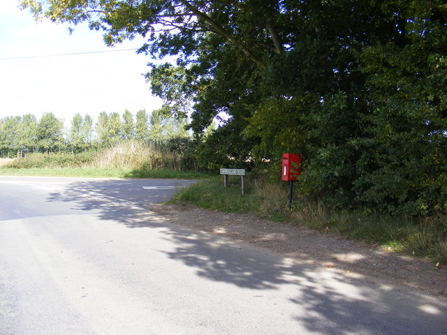 Haveringland/School Road Postbox
