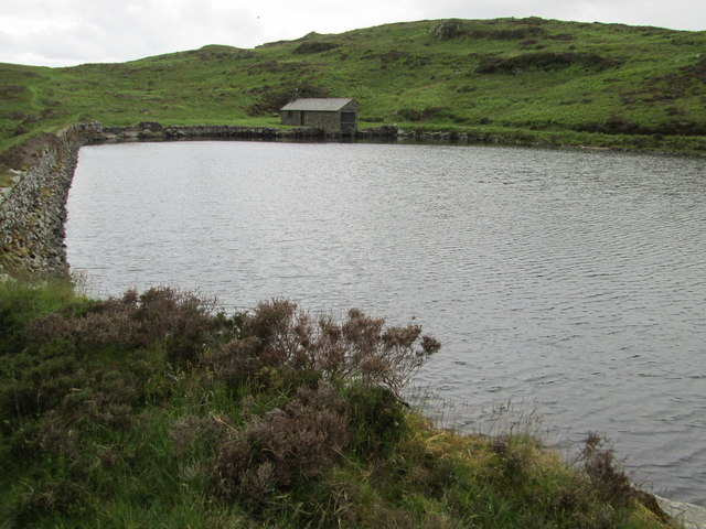 The dam and boathouse at Gurnal Dubs