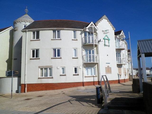 Flats in Marine Walk, Swansea