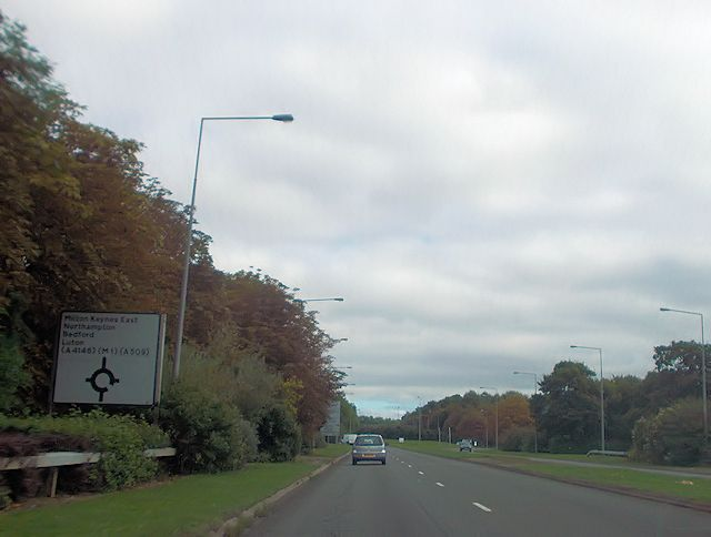 Approaching South Saxon roundabout from Childs Way