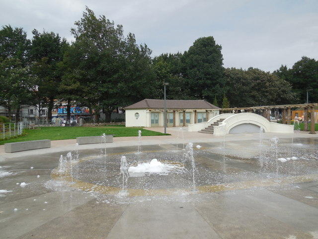 Water play area, The Level