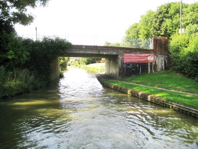 Grand Union Canal: Bridge Number 72
