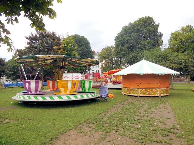 Funfair - Victoria Gardens