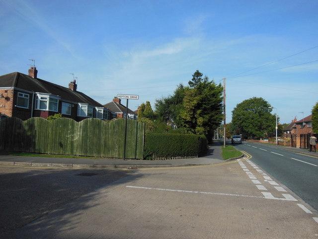 Tween Dykes Road at Repton Drive, Hull