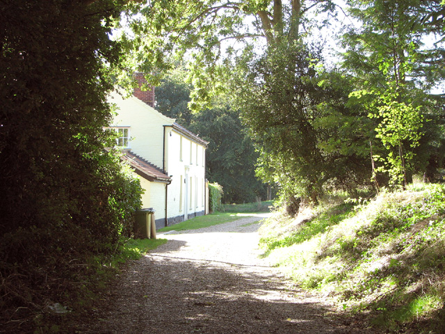 Footpath past Star House