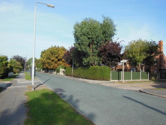 Tween Dykes Road near Bell Close, Hull