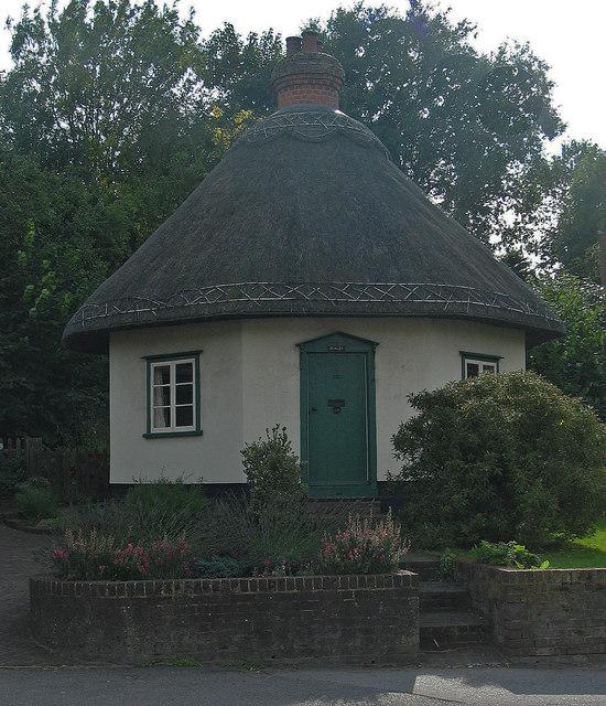 Dutch Cottage, Rayleigh (built 1621)