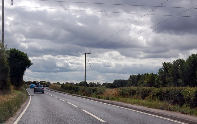 Electricity cables above the A36
