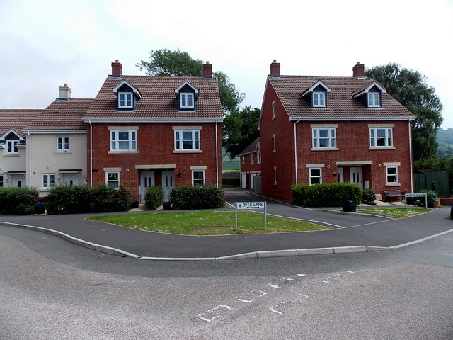Recently-built houses in Byes Lane Sidford