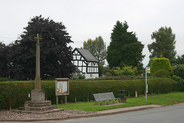 Madley - cross, cottage & bus stop