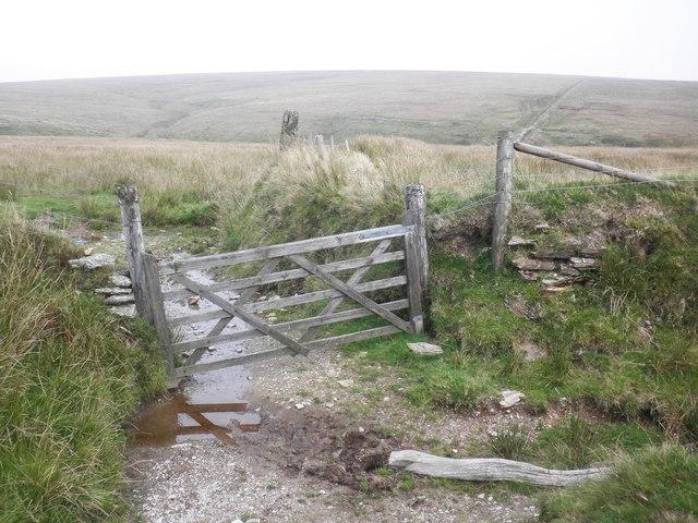 Gateway near Pinkery Pond