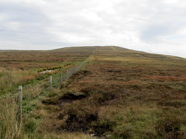 Footpath leading to Dead Man's Hill